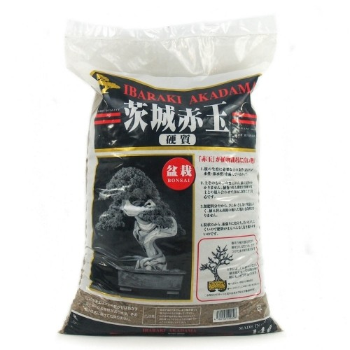 Akadama IBARAKI hard quality grano medio (2-6 mm) saco 14 litros